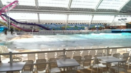 Pool West Edmonton Mall